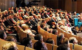 Kongresy a schůze